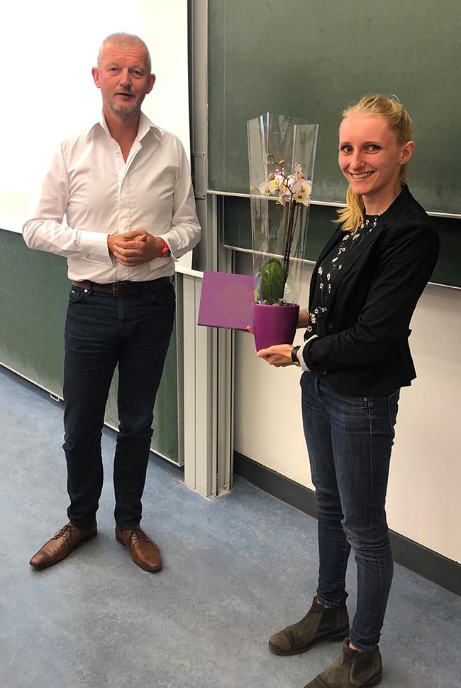 Birke Weber erhält den diesjährigen IPN-Preis für herausragende empirische Abschlussarbeiten aus dem Bereich der Didaktik der Naturwissenschaften und Mathematik