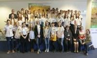 Diese 13 Schülerinnen und Schüler sind die besten Nachwuchsbiologinnen und -biologen in Deutschland