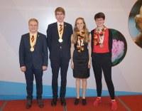 Großer Erfolg für deutsches Schülerteam bei der 27. Internationalen BiologieOlympiade in Hanoi, Vietnam: zweimal Gold und zweimal Silber