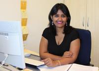 Im Gespräch: die am IPN tätige Gastwissenschaftlerin Devasmita Chakraverty