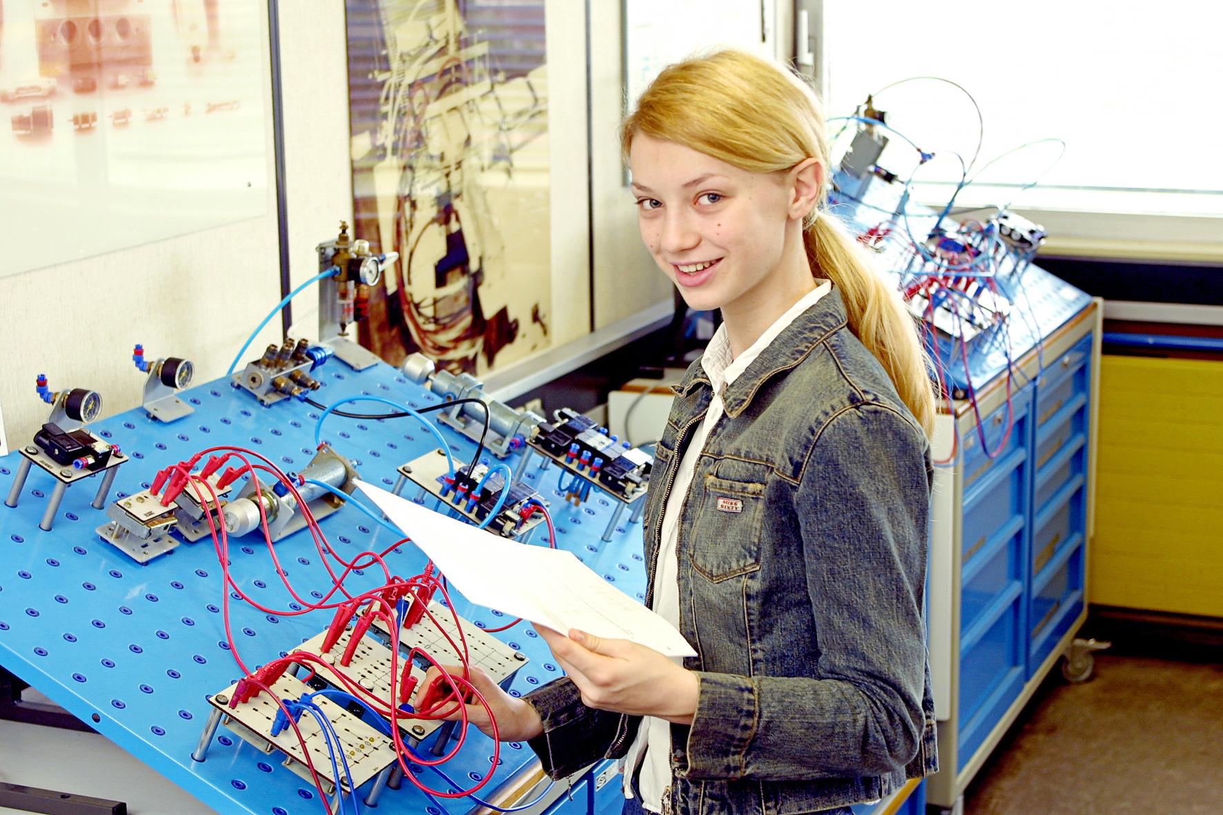 Regionaler MINT-Verbund Science@Seas startet: Jetzt anmelden zu den ersten Angeboten für Schülerinnen und Schüler