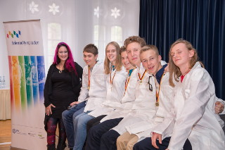 Six young German science talents headed to the 14th International Junior Science Olympiad in Nijmegen, Netherlands